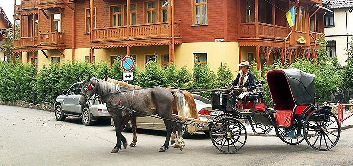 От 3 дней отдыха с завтраками в отеле «Парк» в центре Трускавца