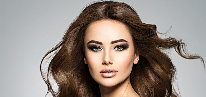 Скидка до 60% на женскую и мужскую стрижку, накрутку волос и покраску бровей в «Кrasa time»