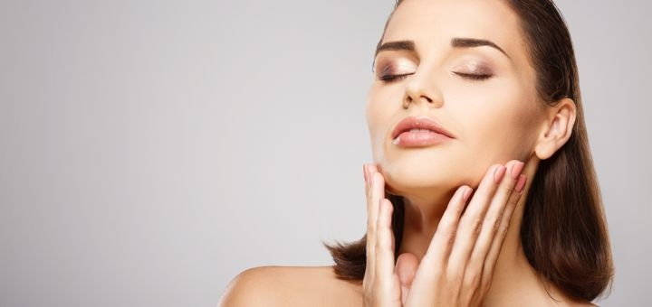 До 7 сеансов микротоковой терапии с гиалуронопластикой и альгинатной маской в «Fresh Massage»