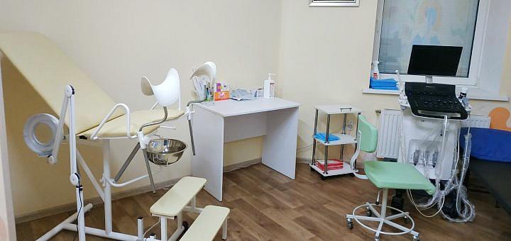 Комплексное обследование у гинеколога в медицинском центре «Baby Luck»