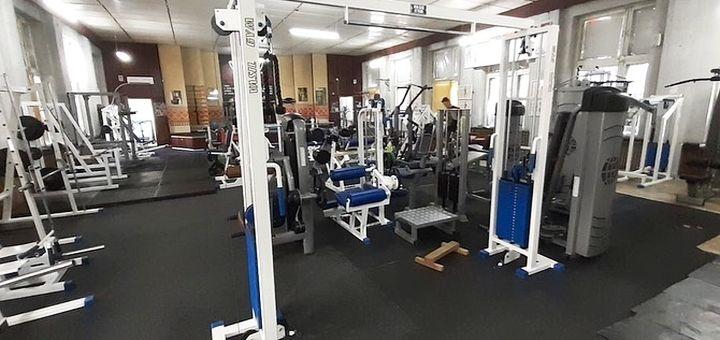 Скидка до 58% на безлимитное посещение тренажерного зала в фитнес-клубе «Pumping»