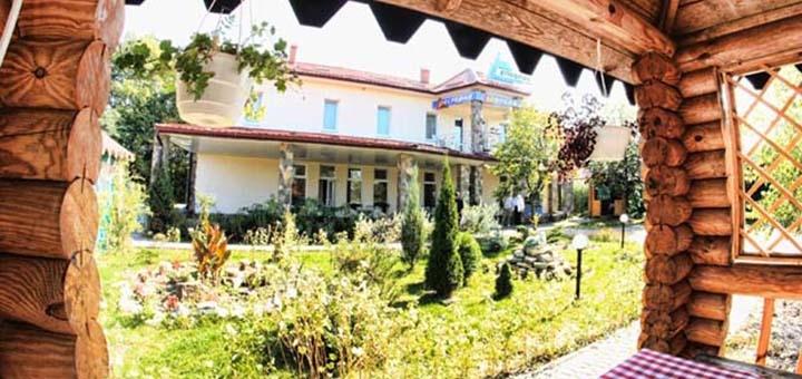 От 3 дней отдыха в отеле «Эльбрус» под Львовом