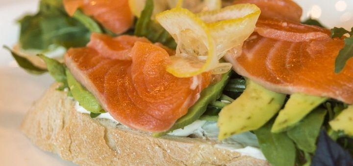 Скидка 30% на все меню кухни и бара в комплексе отдыха «Корчма Нова»