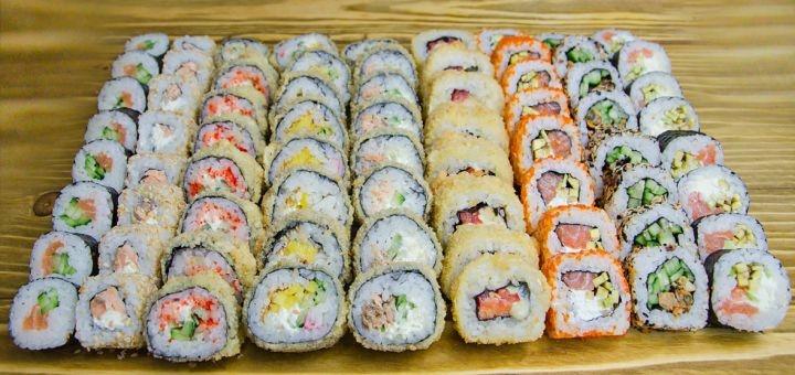 Скидка 60% на суши-сеты «Миюки», «Мегуми» или «Такера» от онлайн-ресторана «Холодильник»
