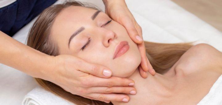 До 3 сеансов чистки лица с дополнительным уходом в кабинете косметолога и диагностики