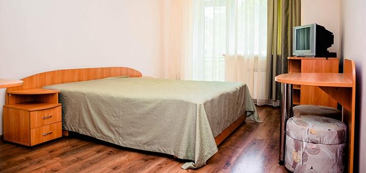 От 5 дней отдыха с трехразовым питанием и лечением в комплексе «Солотвино Резорт» в Закарпатье
