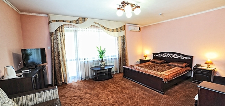 От 4 дней отдыха на Новый год с завтраками и посещением бассейна в отеле «Срібний Водограй»