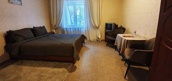 От 2 дней с завтраками, баней и джакузи в гостинично-банном комплексе «Acapulco» под Харьковом
