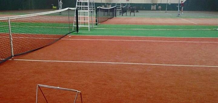 До 5 часов аренды корта для игры в большой теннис в «Черноморская академия тенниса»