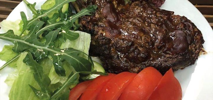 Скидка 55% на всё меню кухни и бара и 30% на алкоголь в кафе домашней кухни «Home Sweet Home»