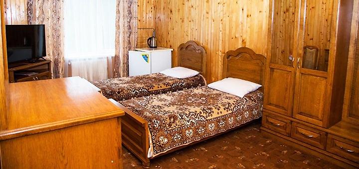 От 3 дней отдыха с питанием, посещением сауны и бассейна в комплексе «Байка» в Карпатах