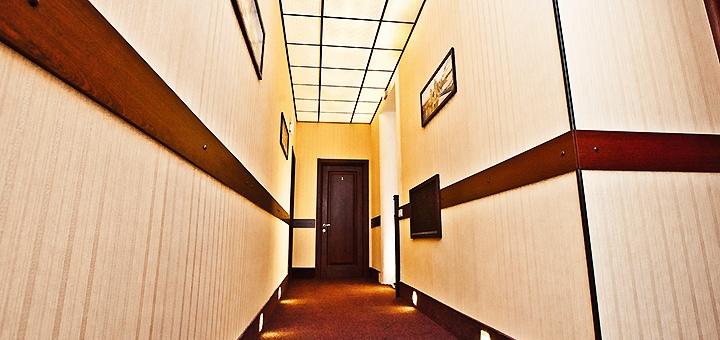 От 2 дней отдыха осенью и зимой с завтраками в отеле «Classic Hotel» в Харькове