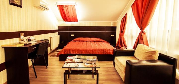 От 2 дней отдыха с завтраками в отеле «VIVA Hotel» в Харькове