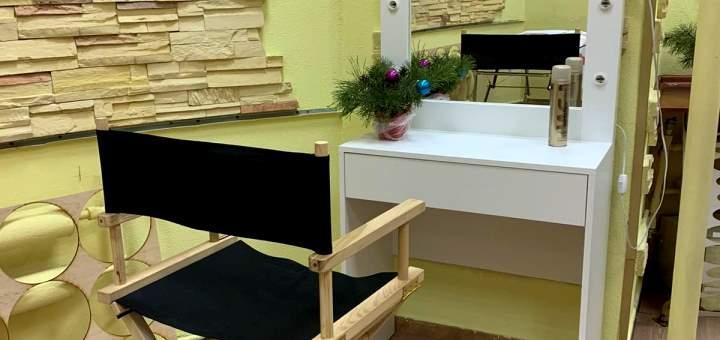 Маникюр и педикюр с покрытием гель-лаком в салоне красоты «Don`t Tell»