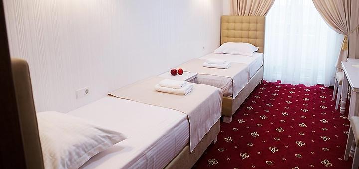 От 2 дней отдыха с питанием и дегустацией вина в отельном комплексе «Bavaria» под Киевом