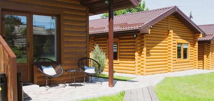 От 2 дней отдыха с завтраками в гостинично-ресторанном комплексе «Бабай Комора» под Киевом