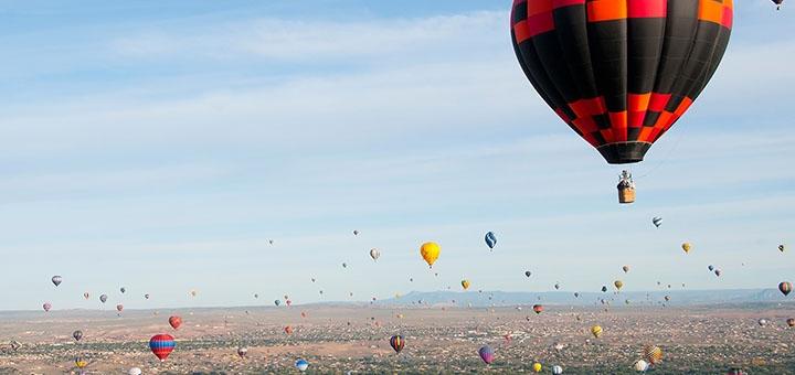Скидка до 50% на полет на воздушном шаре с Дедом Морозом от компании «Небо для тебе»