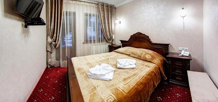 От 4 дней зимнего отдыха с завтраками в отеле «Горный Кристалл» в Буковеле