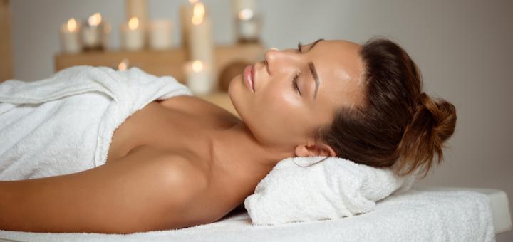 До 7 сеансов массажа лица с альгинатной маской и гиалуроновым уходом в «Fresh Massage»