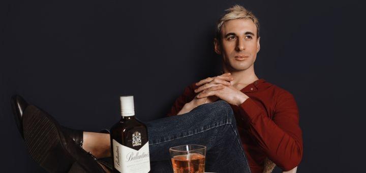 Фотосессия «Цвет настроения синий... По-мужски!» в профессиональной фотостудии «TJ»