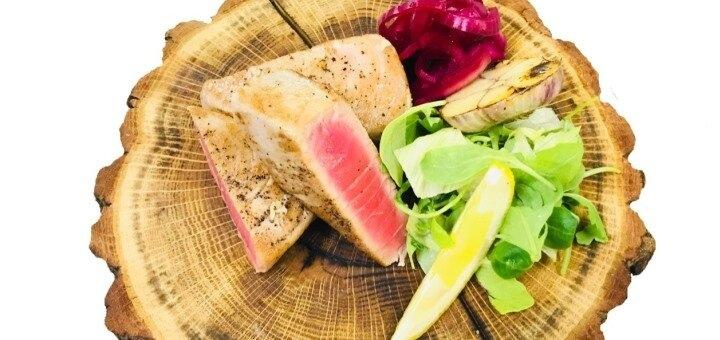 Скидка 55% на все меню кухни в кафе «Два толстяка»