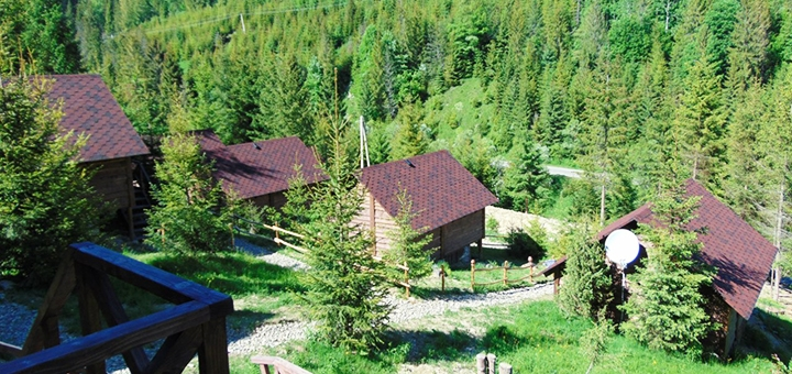 От 4 дней отдыха с посещением русской бани в домиках усадьбы «Аляска» в Карпатах