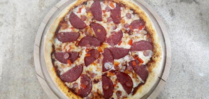 Скидка 50% на меню пиццы в пиццерии «Brabi Bar»