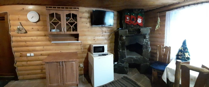 От 2 дней отдыха в декабре с питанием в коттедже в отеле «Wood house» в Татарове