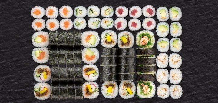 Скидка 50% на суши-сеты с доставкой или самовыносом в сети ресторанов «Япона Хата»