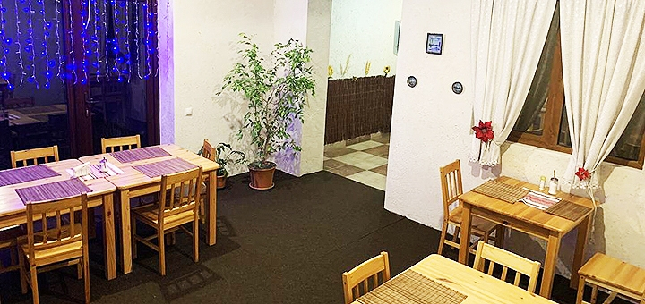 От 3 дней отдыха с питанием и сауной в ресторанно-отельном комплексе «На Горбі» в Карпатах
