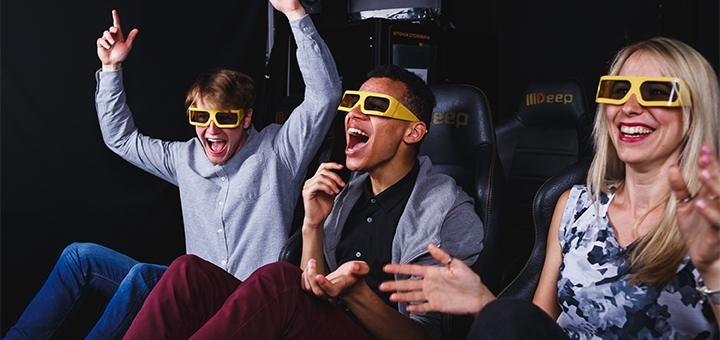 Скидка 60% на просмотр фильма на аттракционе «7D Кино» от «DTech»