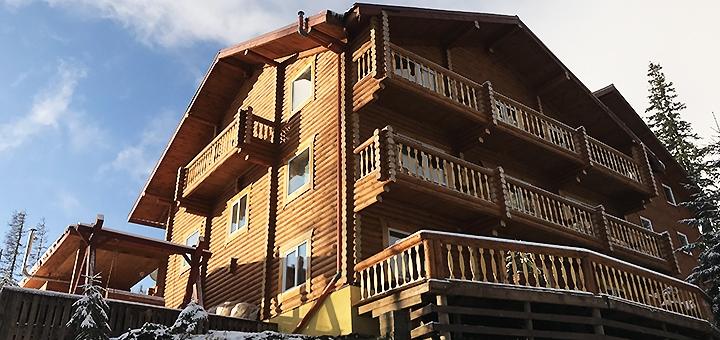 От 5 дней отдыха с питанием в отеле «Alpine Eco Chalet & Wellness» в Драгобрате
