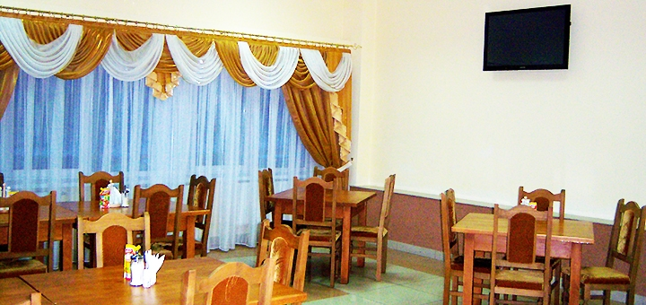От 3 дней отдыха зимой в отеле «Золотая корона» на курорте Драгобрат