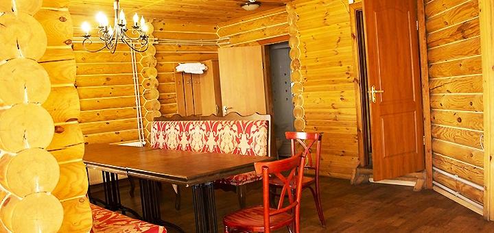От 2 дней с завтраками в гостиничном комплексе «Фрегат» на берегу Днепра