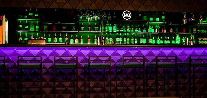Ассорти «Снек» и пол-литра пива в баре «M8 Cocktail Bar»