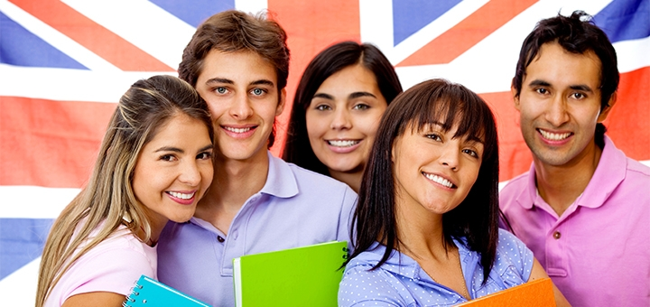 До 24 групповых онлайн-занятий по английскому языку в школе «London Room»