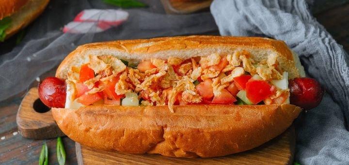 Скидка 45% на все меню кухни в кафе фаст-фуде «Яша покушай»