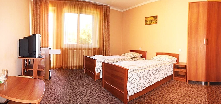 От 3 дней отдыха в январе с питанием и караоке в отеле «Лагуна» в Славском