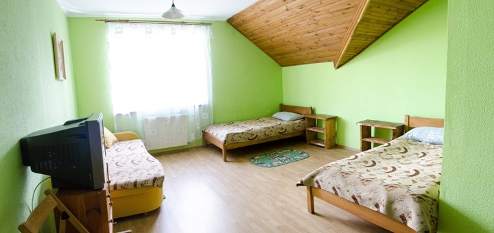 От 3 дней зимнего отдыха с питанием в отеле «Дзвінка» в Славском