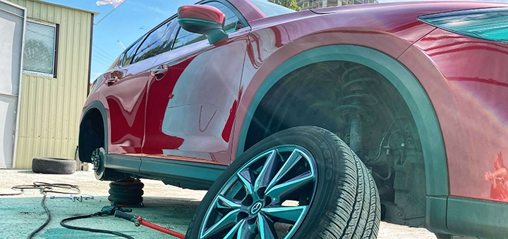Шиномонтаж 4 колес для легкового авто, внедорожника, минивэна от сервиса «Accord Tires»