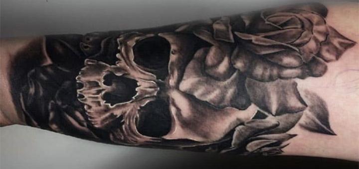 Цветное или черно-белое тату в тату-салоне «VeAn»