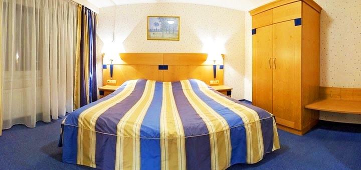 От 2 дней отдыха зимой в отеле «Гостеприимство» в Киеве