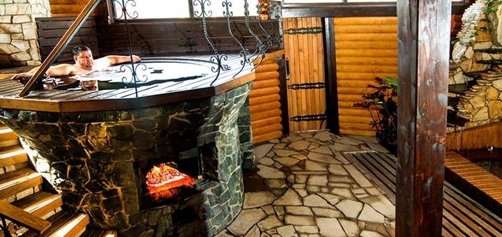 От 3 дней отдыха зимой с трехразовым питанием и сауной в отеле «Villa Grand» в Сходнице