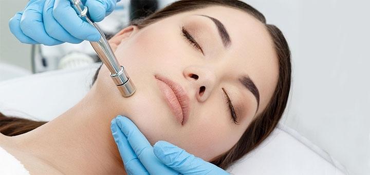 До 5 сеансов алмазной микродермабразии лица в центре лазерной косметологии «Florencia»
