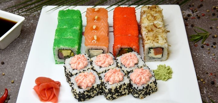 Скидка 50% на суши-сет «Пікантний» или «Cмакота» с доставкой или самовывозом от «Vanmo Sushi»