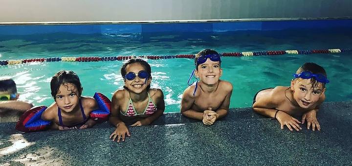 До 16 занятий плаванием для детей в школе плавания «Healthy Kids»