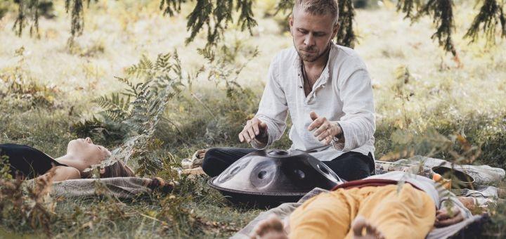 Мастер-класс звуковой медитации «Soundhealing» от студии «Lovehealing Ceremonies»