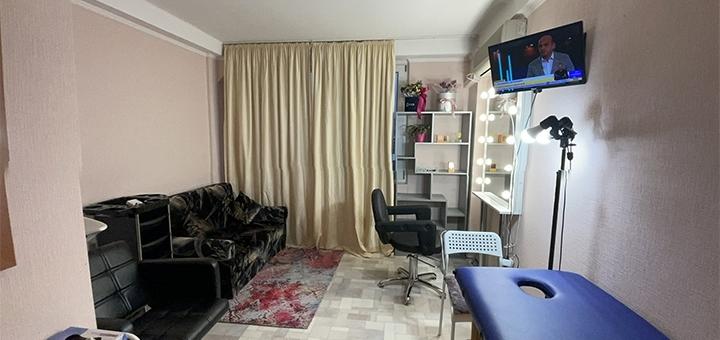 Холодное ламинирование волос со стрижкой кончиков в студии красоты «Body Space»