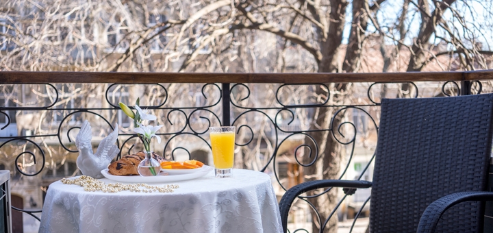 От 2 дней отдыха весной с завтраками в отеле «Sinfonia del Mare» в Одессе