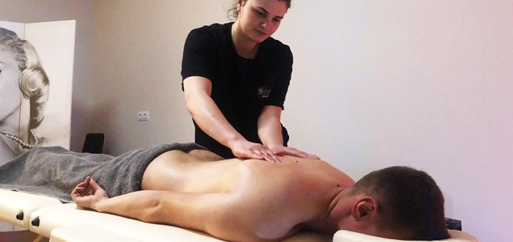 Тайский relax-массаж для двоих с шампанским в студии массажа «Медуза»